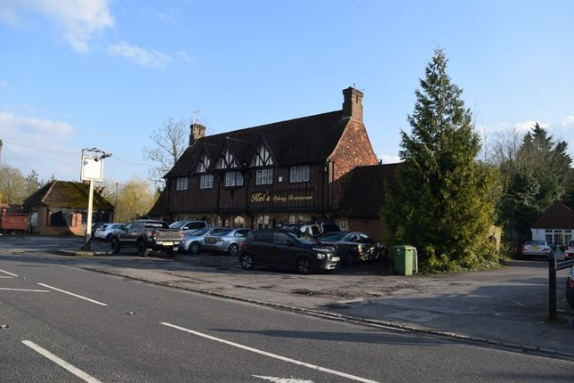 Thumbnail Restaurant/cafe for sale in Guildford Road, Runfold, Farnham