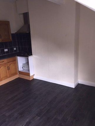 Flat to rent in Willows Road, Balsall Heath, Birmingham