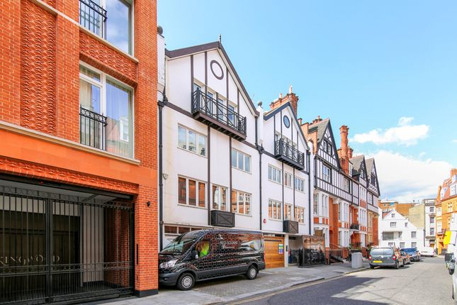 Thumbnail Town house for sale in Herbert Crescent, Knightsbridge