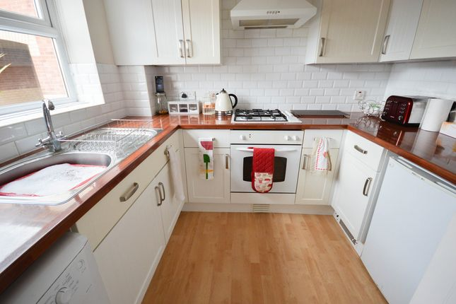 Thumbnail Town house to rent in Gartrice Gardens, Sheffield