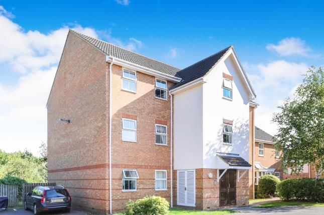Thumbnail Flat for sale in Honeysuckle Close, Biggleswade, Bedfordshire