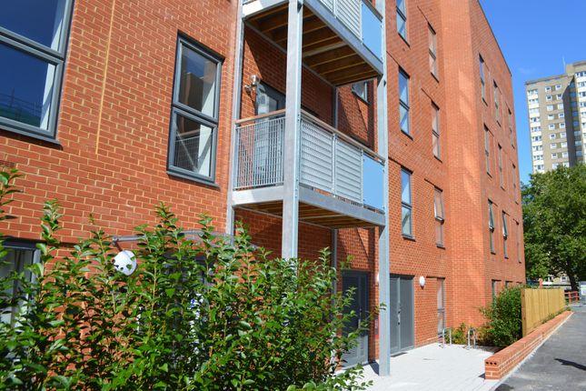 Thumbnail Flat for sale in Cross Street, Portsmouth