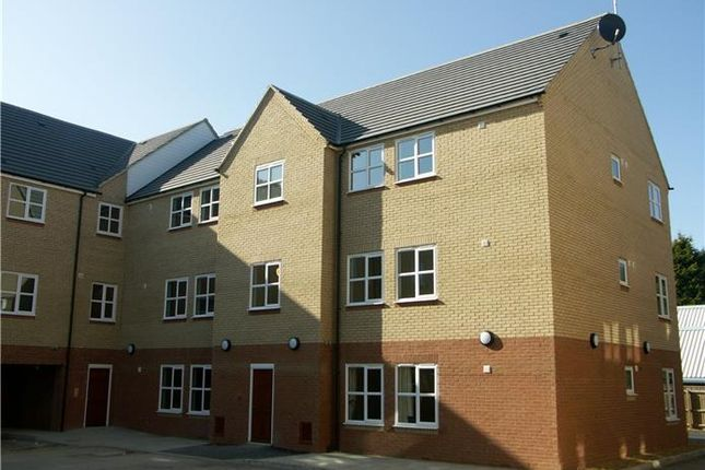 Thumbnail Flat to rent in Bentley House, High Street, March