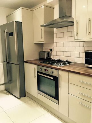 Thumbnail Shared accommodation to rent in Abingdon Road, Middlesbrough