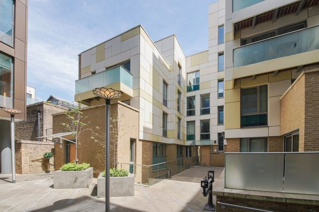 Thumbnail Flat to rent in Trematon Building, 1 Trematon Walk, London