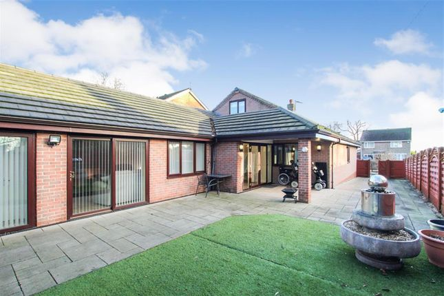 Thumbnail Bungalow for sale in Greenways Close, Bridlington