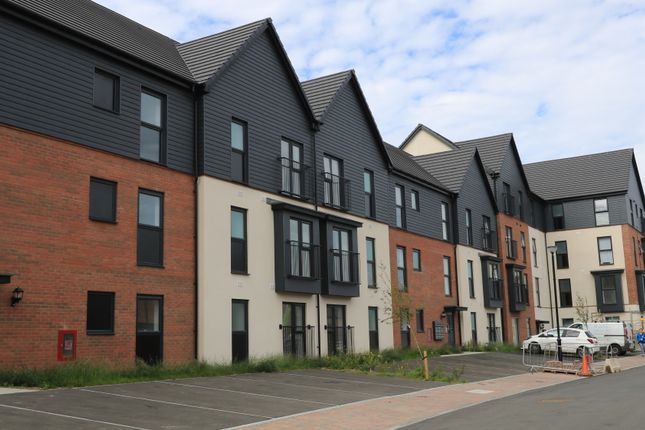 Thumbnail Flat to rent in Ffordd Penrhyn, Southaven, Barry Waterfront