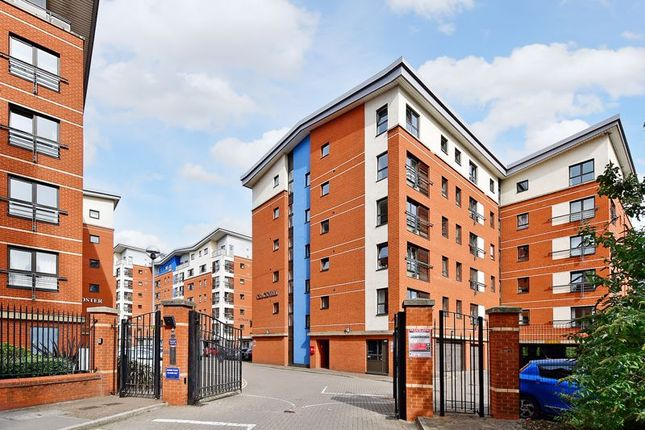 2 bed flat for sale in Redgrave, Millsands, Sheffield S3