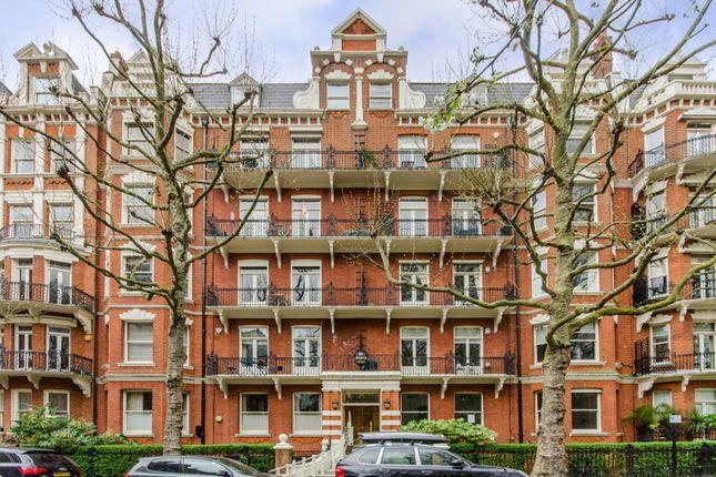 2 bed flat to rent in Bramham Gardens, Earls Court