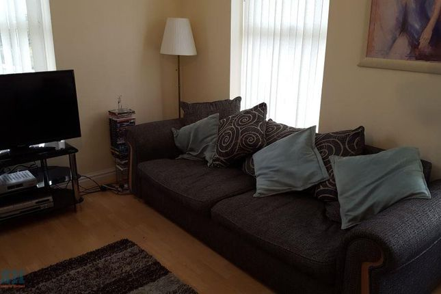 Thumbnail Terraced house to rent in Park Hill Road, Dingle