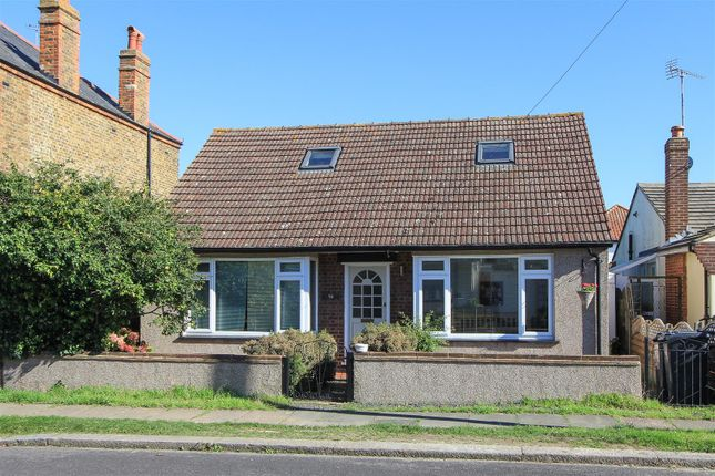 Thumbnail Detached bungalow to rent in Fernlea Avenue, Herne Bay