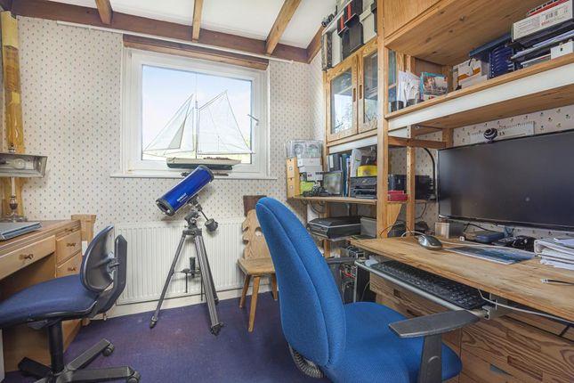 Bedroom/Study of Hospital Hill, Chesham HP5