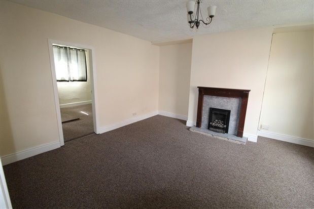 Thumbnail Property to rent in Lords Avenue, Lostock Hall, Preston