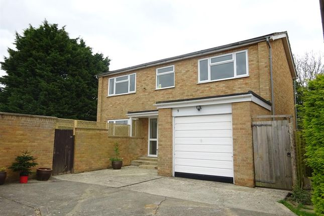 Thumbnail Detached house to rent in St. Johns Drive, Carterton