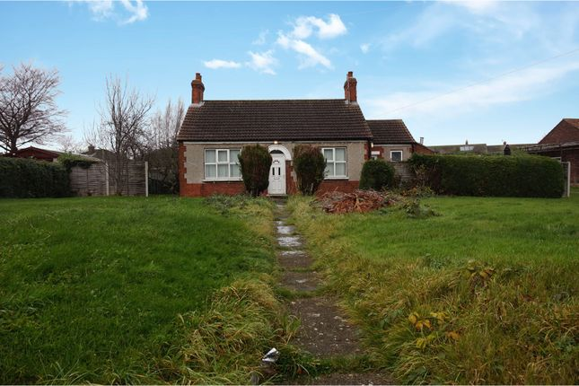 Thumbnail Detached bungalow for sale in School Road, South Killingholme, Immingham