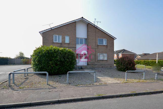 Thumbnail Flat to rent in Hawksway, Eckington, Sheffield