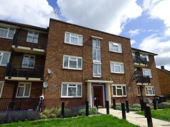Thumbnail Flat for sale in Leven Drive, Waltham Cross, Hertfordshire