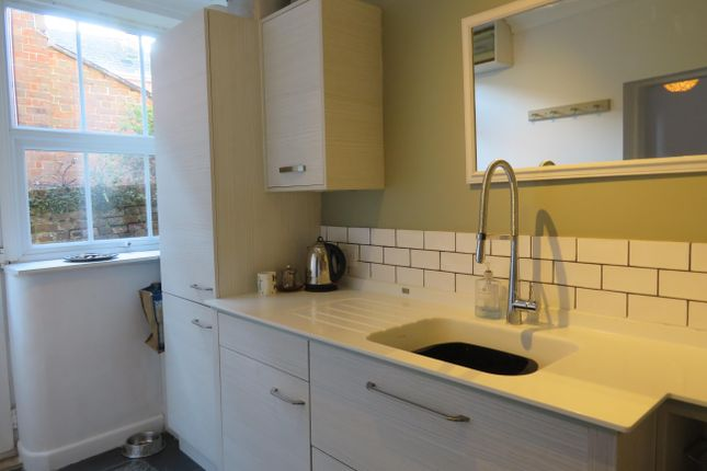 1 bed property to rent in Salisbury Street, Blandford Forum DT11