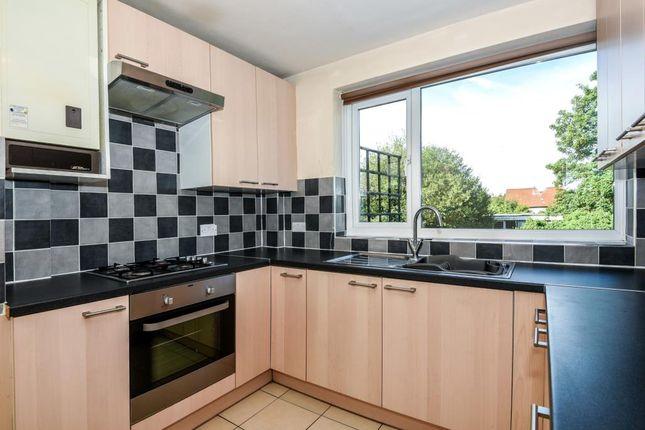 Thumbnail Flat to rent in Green Street, Sunbury On Thames