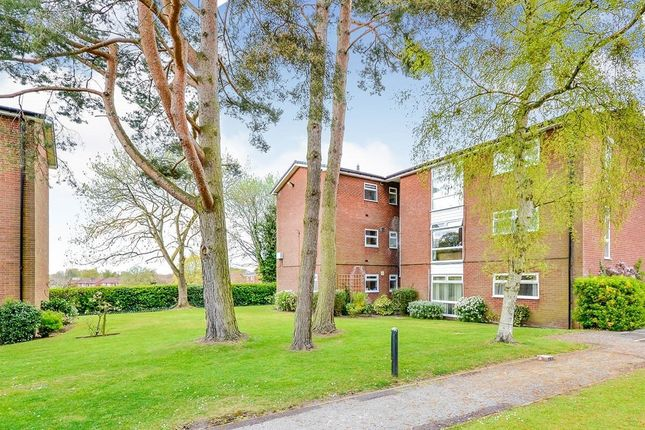 2 bed flat for sale in Lacey Green, Wilmslow SK9