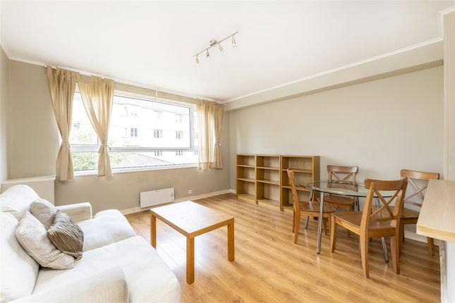 Flat to rent in Woodfield Road, Ealing