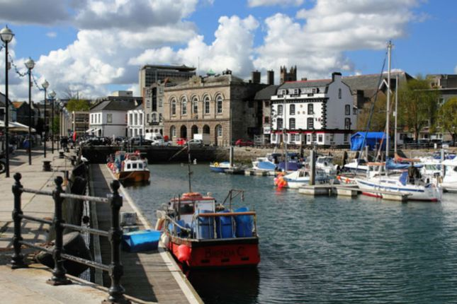 Thumbnail Flat to rent in Quay Road, Plymouth