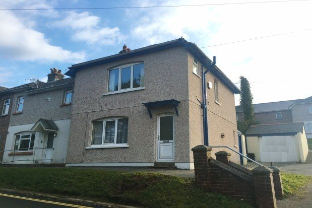 3 bed property to rent in Newham Road, Truro TR1