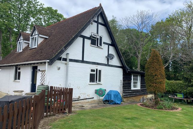 2 bed detached house to rent in The Annexe, Sendhurst Lodge, Woodhill, Send GU23