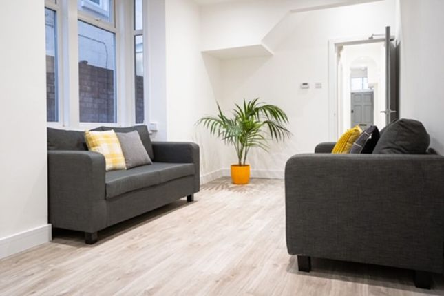 Thumbnail Property to rent in Baileys Road, Southsea