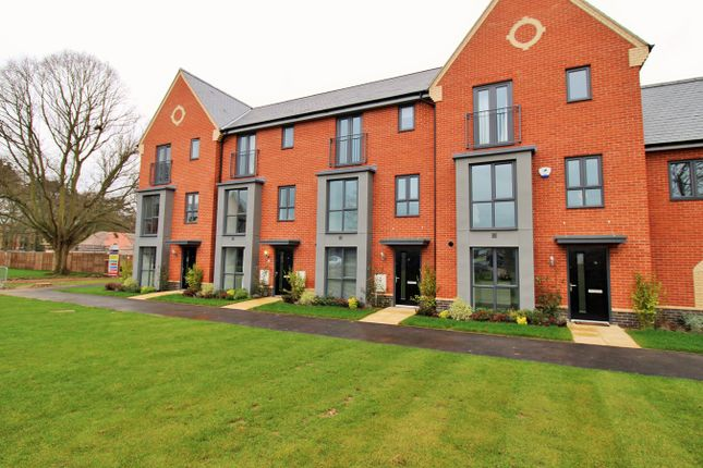 Thumbnail Town house for sale in Echelon Walk, Colchester, Essex