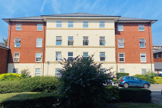 Thumbnail Flat for sale in Harescombe Drive, Gloucester