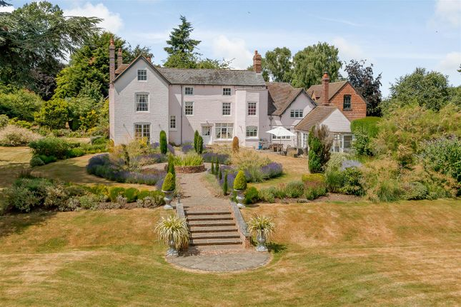 Thumbnail Equestrian property for sale in Sinton Green, Hallow, Worcestershire