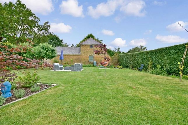 Thumbnail Property for sale in Lees Road, Yalding, Kent