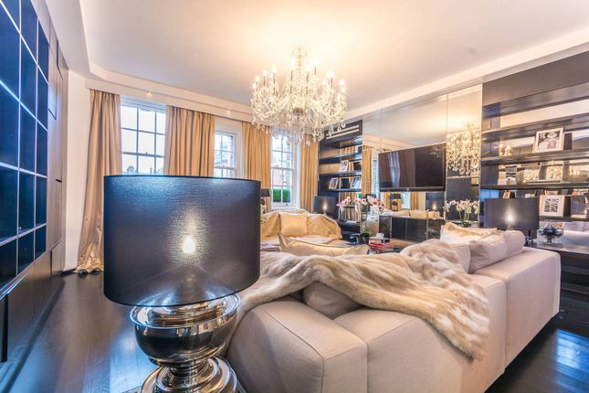 Thumbnail Flat for sale in Dunraven Street, Mayfair