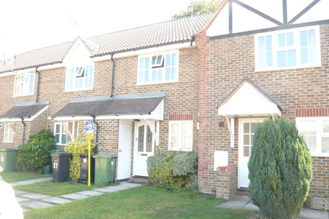 Thumbnail Property to rent in Wessex Close, Faringdon
