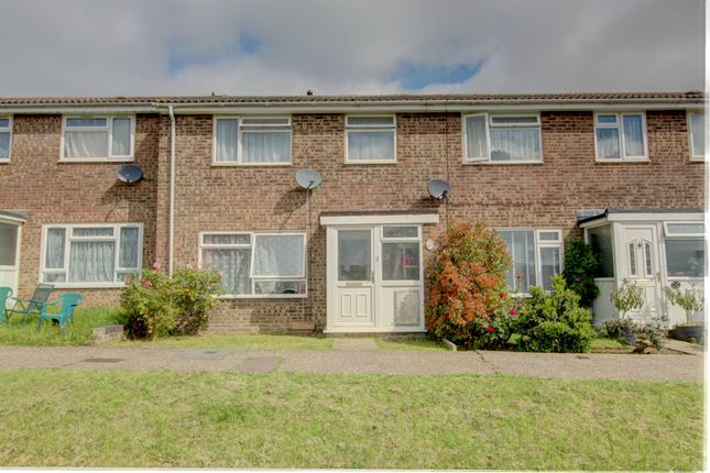 Thumbnail Terraced house for sale in Ouse Chase, Witham