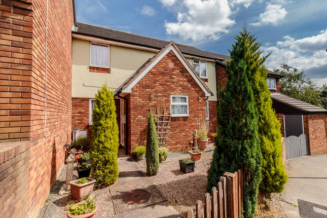 Thumbnail Link-detached house for sale in Kingfisher Rise, Stevenage