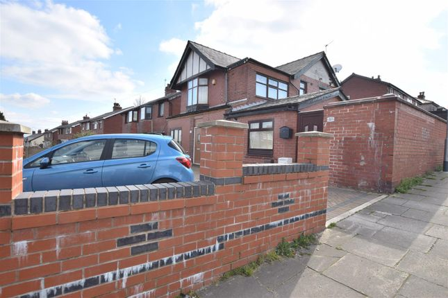 Thumbnail Property for sale in Bury Old Road, Heywood
