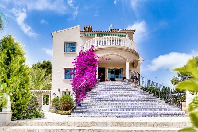 Villa for sale in Blue Lagoon, Villamartin, Costa Blanca South, Costa Blanca, Valencia, Spain