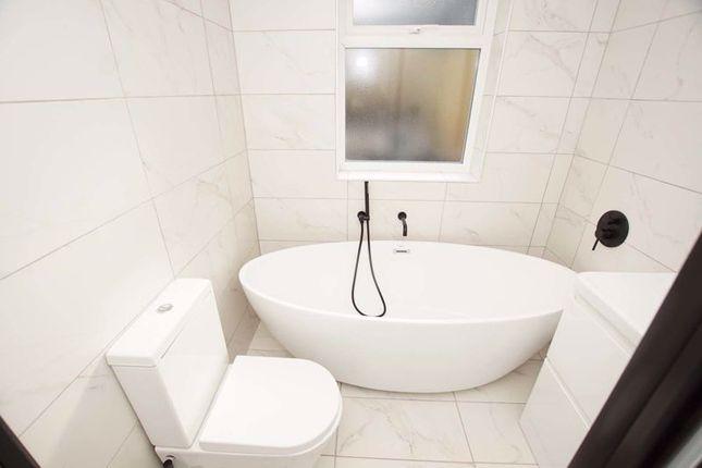 Bathroom of Grindell Road, Bristol BS5