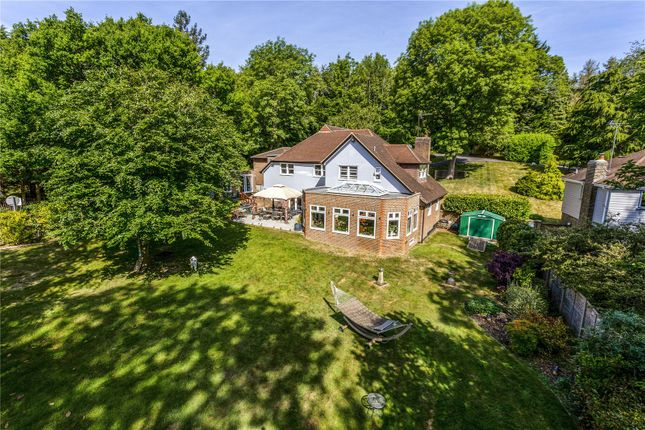 Picture No. 35 of The Glade, Kingswood, Tadworth, Surrey KT20