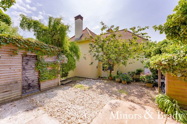 Thumbnail Detached house for sale in Crown Score, Lowestoft