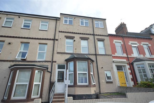 Thumbnail Flat for sale in 15C North Parade, Whitley Bay, Tyne And Wear