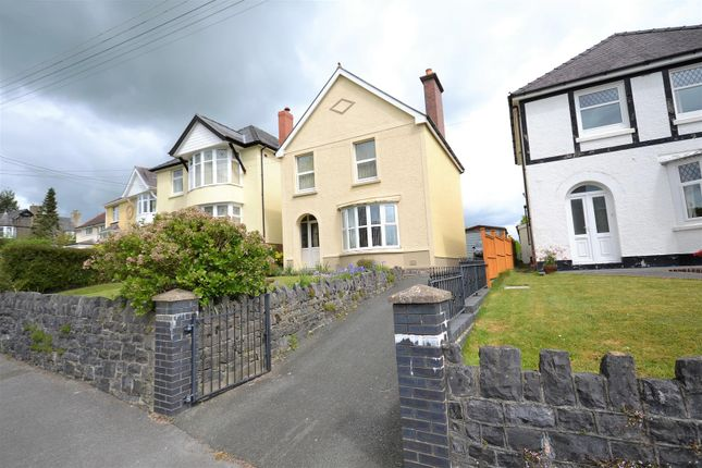 Thumbnail Detached house for sale in North Road, Whitland