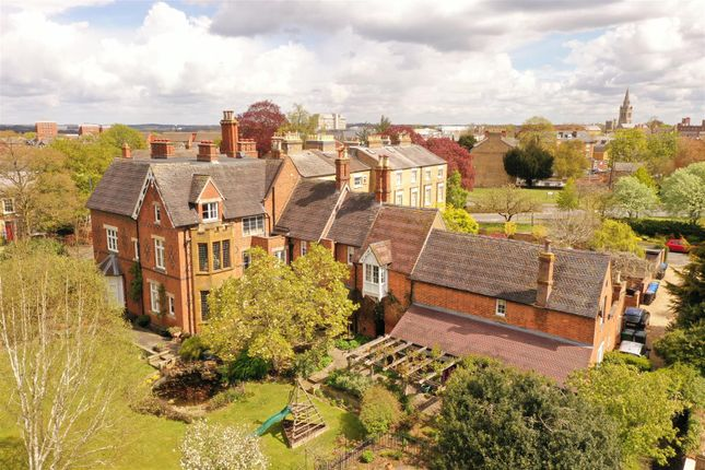 Thumbnail Property for sale in Bilton Road, Rugby, Warwickshire
