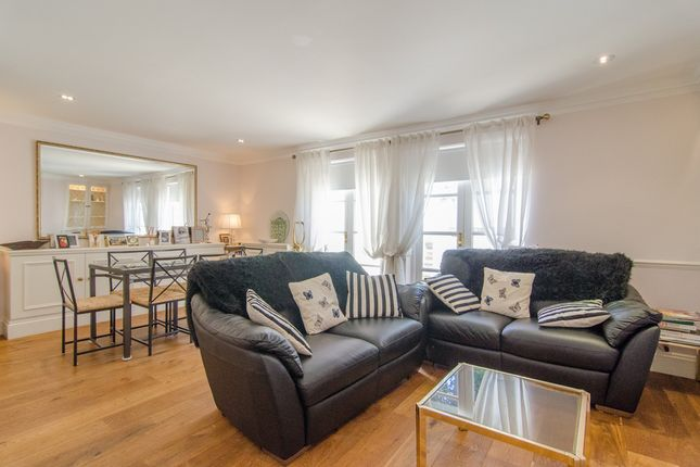 2 bed flat for sale in Edith Grove, London