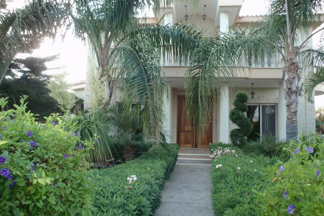 4 bed detached house for sale in Pyrgos, Limassol, Cyprus