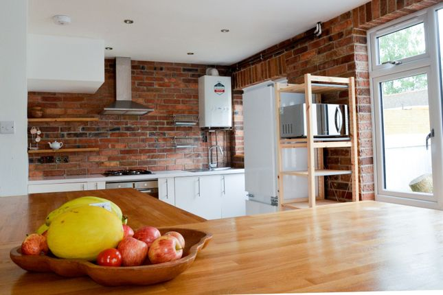Thumbnail End terrace house to rent in Lakeland Close, Chigwell