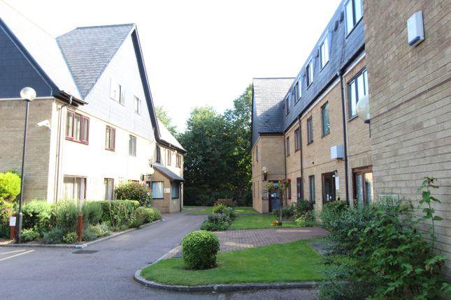 Thumbnail Flat for sale in Arbury Road, Cambridge