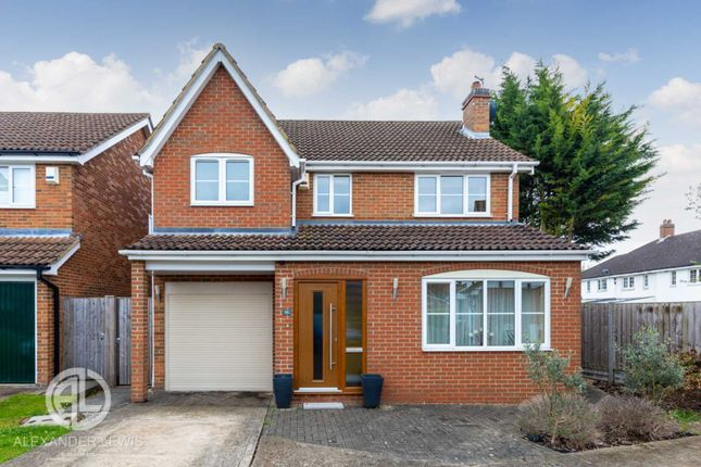Thumbnail Detached house for sale in Whitechurch Gardens, Letchworth
